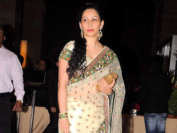 Manyata Dutt at Riteish and Genelia's reception