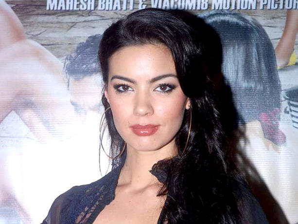 Mia Uyeda at Blood Money Promotional Event