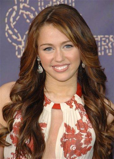 Miley Cyrus Beautiful Face Look