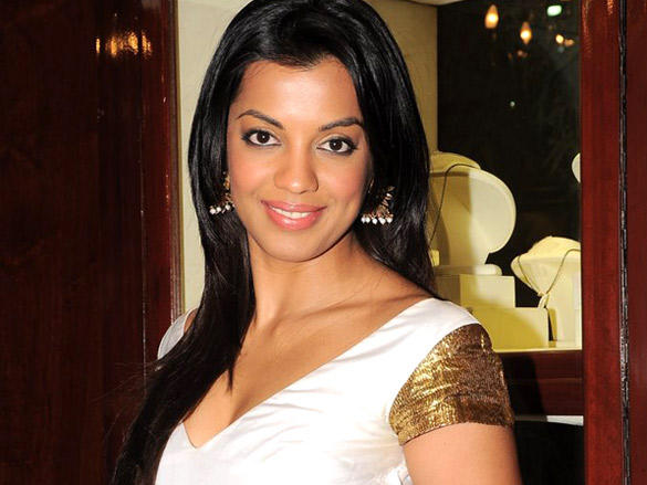 Mugdha Godse at launch of Gitanjali's jewellery saving plan
