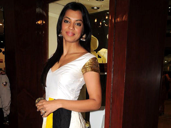 Mugdha Godse poses to photo shoot