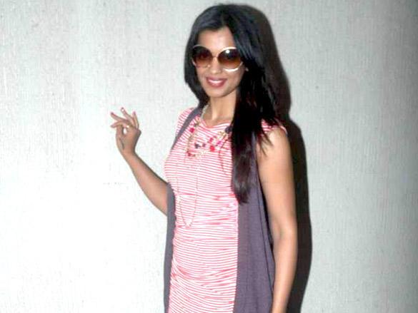 Mugdha Godse with pink dress at Opa Restaurant