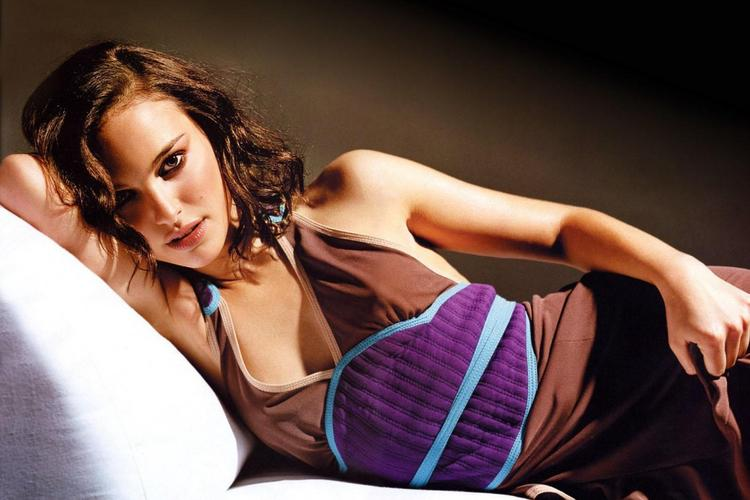 Natalie Portman Romantic Look Hot Photo Shoot