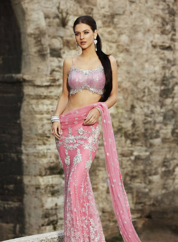 Neha Dalvi Gorgeous Pink Saree Still