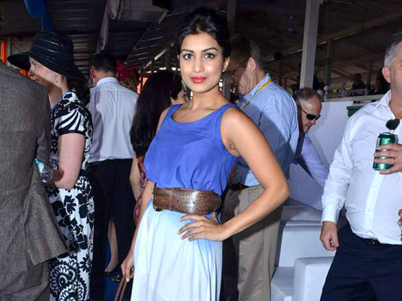 Pallavi Sharda hot pose at Poonawala breeders Multi Million race
