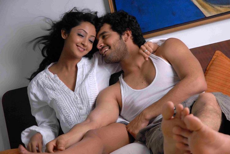 Parijatha movie  Aindrita Ray,Diganth hot pics