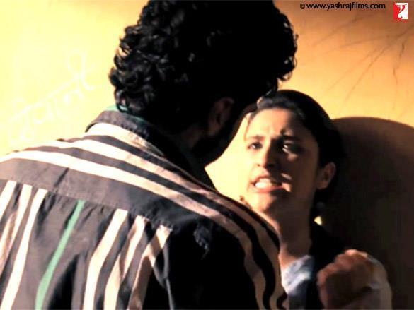 Parineeti Chopra,Arjun Kapoor Fight Pic In Ishaqzaade