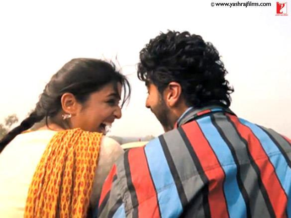 Parineeti Chopra,Arjun Kapoor With Open Smile Pic