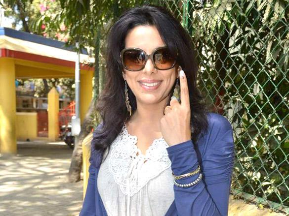 Pooja Bedi cast her votes in Maharashtra civic polls Mumbai
