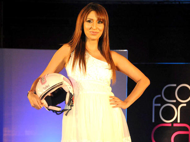Pooja Mishra at the Couture for Cause Fashion Show in ITC Maratha