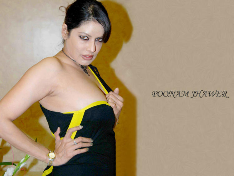 Poonam Jhawar Sleeveless Dress Hot Wallpaper