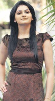 Prachi Desai Cute Face Stunning Pic