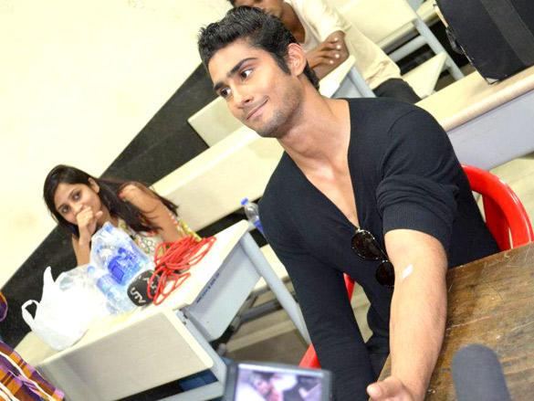 Prateik Babbar Acting Brave at Blood Donation Camp