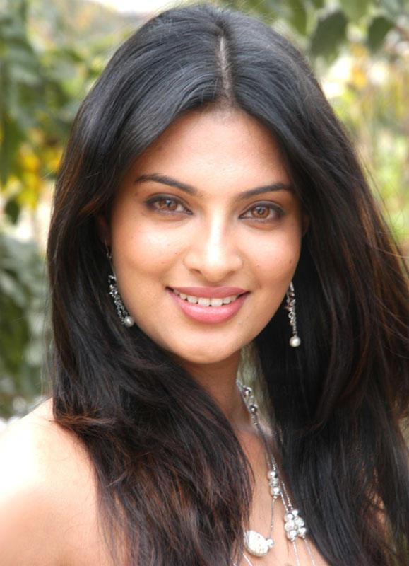 Pretty Sayali Bhagat