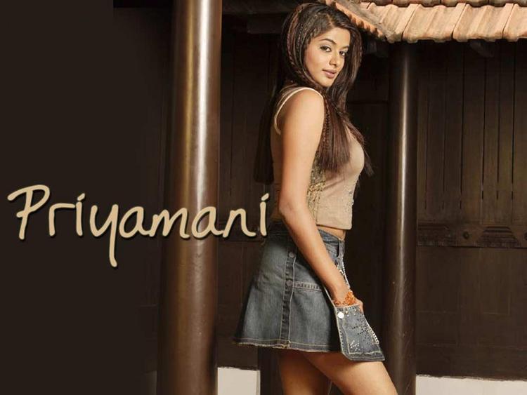 Priyamani Mini Dress Sexy Pose Wallpaper