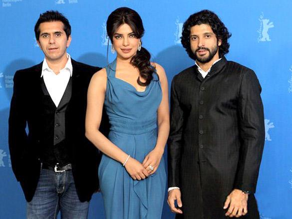 Priyanka,Ritesh and Farhan poses to photo shoot