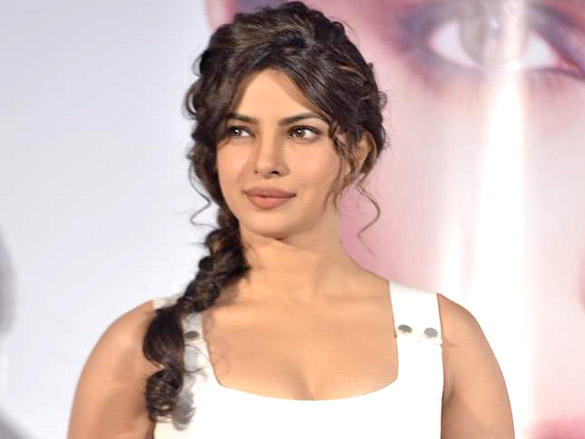 Priyanka Chopra Looking So Beautiful