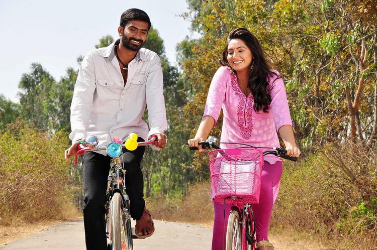 Ragini,Yogesh Bangari kannada Movie Bicycle still