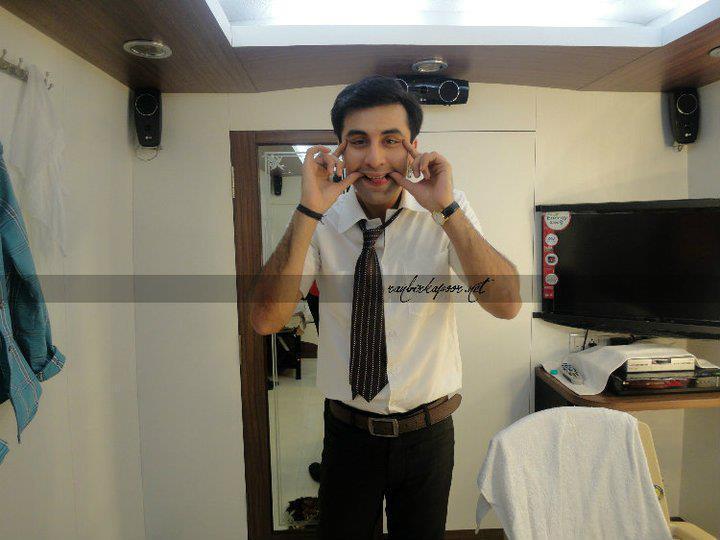 Ranbir Kapoor Cute Pose On The Set Of Barfi New Hindi Movie