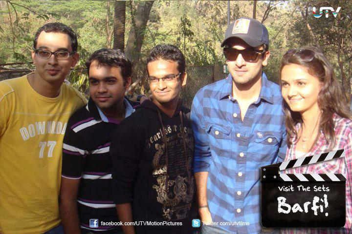 Ranbir Kapoor Poses To Photoshoot On Set Of Barfi