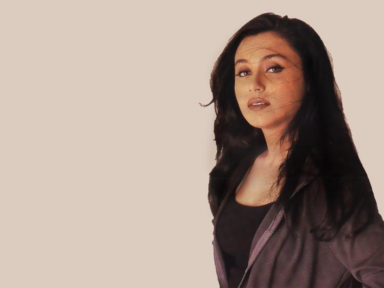 Rani Mukherjee Nice Look Wallpaper