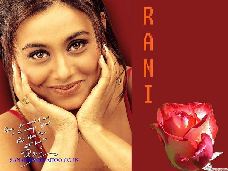 Rani Mukherjee Sweet Smile Pic Wallpaper