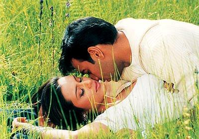 Rani and Ajay Devgan Hot Scene Still