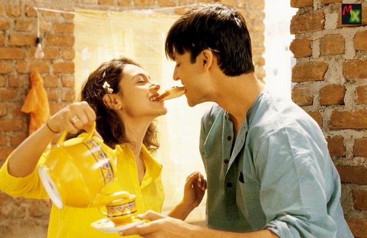 Rani and Vivek Sexy Still in Saathiya