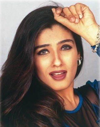 Raveena Tandon Hot Beauty Face Photo