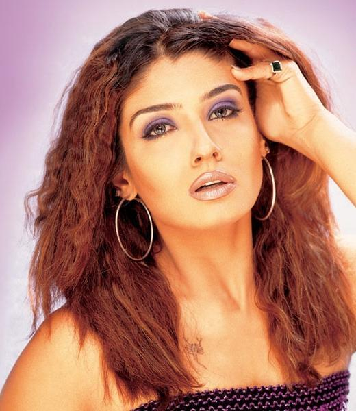 Raveena Tandon Red Hair Hottest Wallpaper