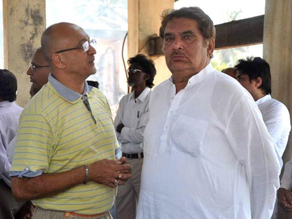 Raza Murad At Joy Mukherjee Funeral Ceremony