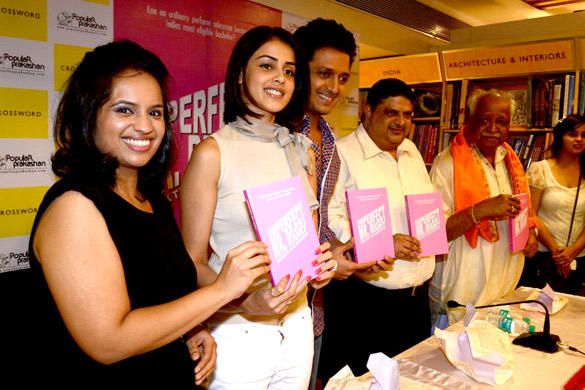 Riteish,Genelia Launces The Book Imperfect Mr. Right
