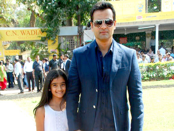 Rohit Roy Stunning Pic at Gladrags Little Miss and Master India