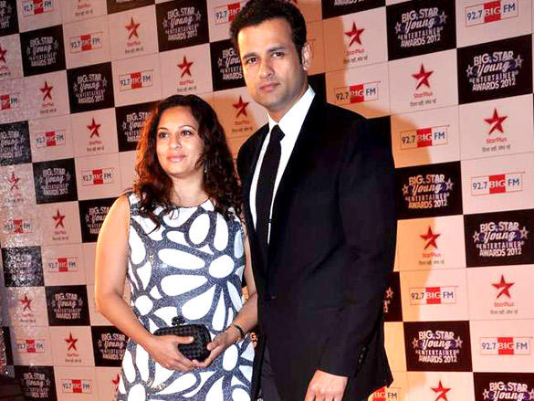Rohit Roy at Big Star Young Entertainer Awards 2012