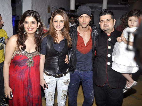Roshans and Ratnanis at Ratnani's 2012 Calendar Launch