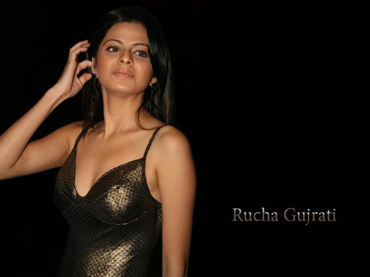 Rucha Gujarati Glamour Wallpaper