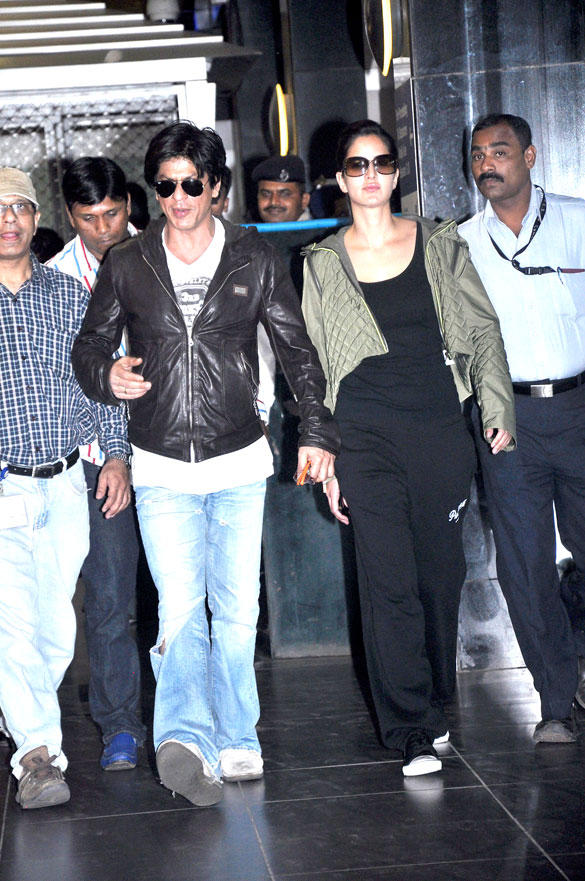 SRK and Kaif Both Are Return From London