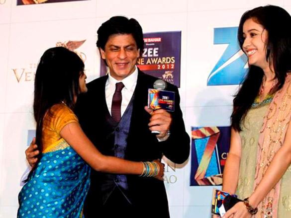 SRK at Zee Cine Awards 2012