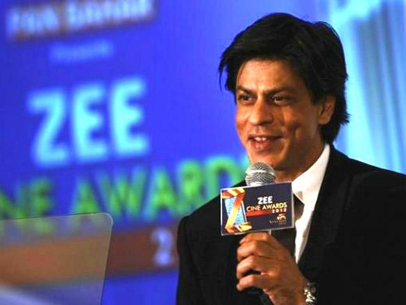 SRK talks at Zee Cine Awards 2012