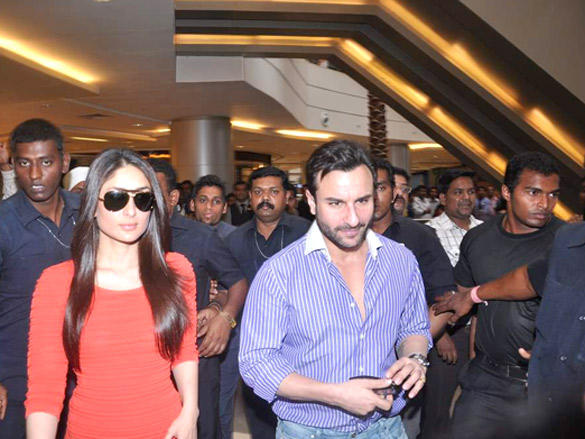 Saif Ali Khan and Kareena Kapoor Promote Agent Vinod at Phoenix City Mall