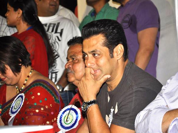 Salman Khan graces The Cosmopolitan Friends Association