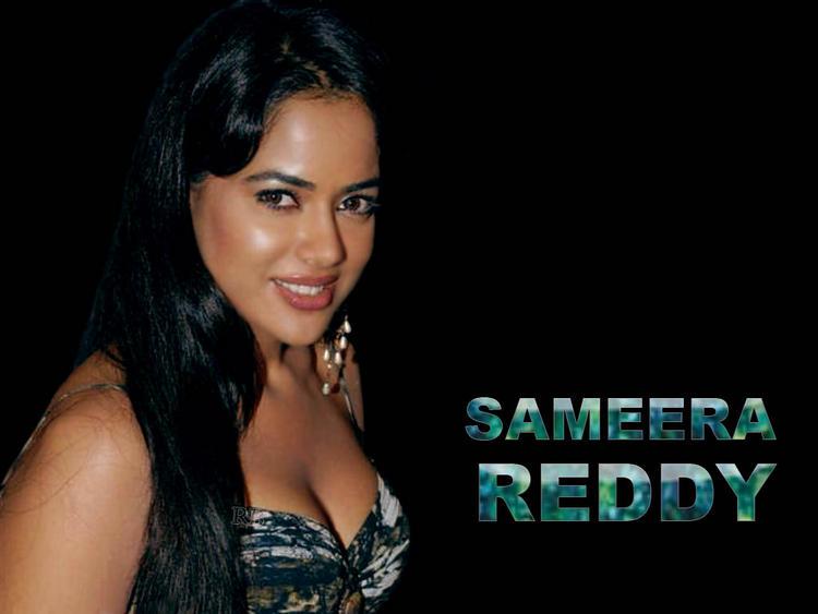 Sameera Reddy Open Boob Pic