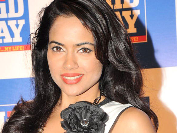 Sameera Reddy Sweet Smile at Launch of Mid-Day Mumbai Anthem