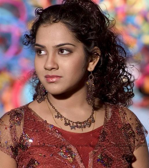 Sandhya Curly Hair Cut Beauty Face Still