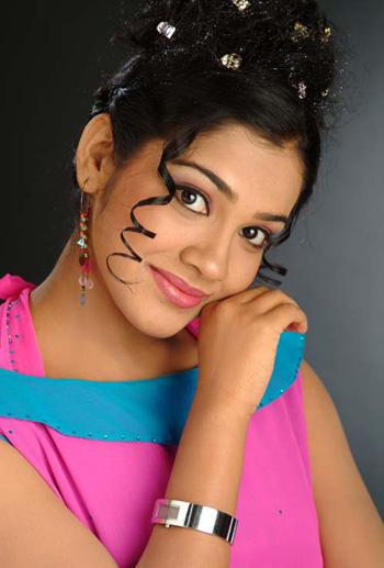 Sandhya Latest Hair Style Cute Face Look