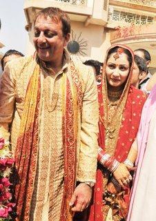 Sanjay Dutt and Manyata Dutt  Wedding Dress Still