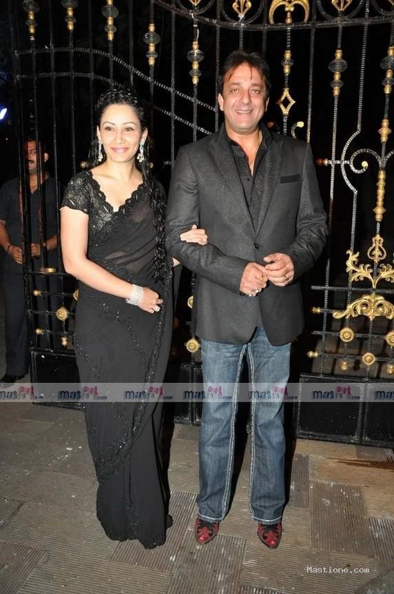 Sanjay Dutt and Manyata Dutt Gorgeous Photo