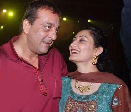 Sanjay Dutt and Manyata Dutt Latest Sexy Still