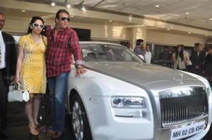 Sanjay and Manyata Poses With Rolls
