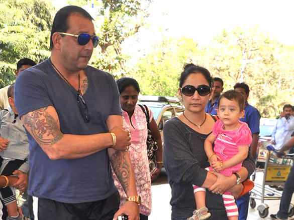 Sanjay and Manyata leave for Rohit Dhawan's wedding in Goa